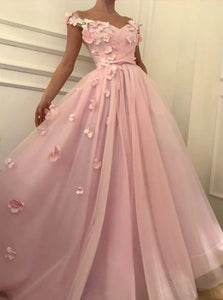 A Line Off the Shoulder Tulle Prom Dresses with Appliques