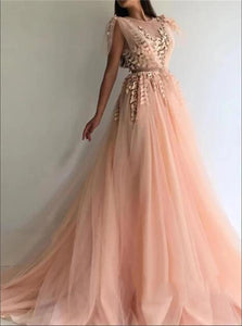 Scoop Tulle Prom Dresses with Sweep Train
