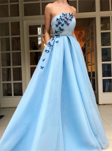 A Line Sky Blue Tulle Prom Dresses With Appliques