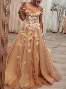 Off the Shoulder Tulle Appliques Prom Dresses
