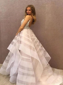 Scoop Tulle Beadings Open Back White Prom Dresses