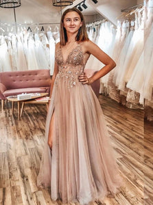 A Line Tulle V Neck Applqiues Floor Length Prom Dresses With Slit