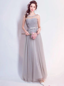 A Line Scoop Sleeveless Tulle Prom Dresses With Appliques