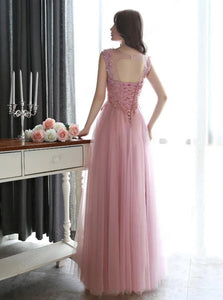 A Line Scoop Floor Length Sleeveless Tulle Prom Dress with Appliques