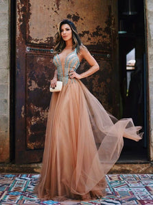 A Line V Neck Floor Length Sleeveless Tulle Prom Dresses with Appliques