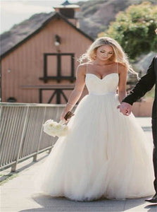 Spaghetti Strap Sweetheart Tulle Beach Wedding Dresses