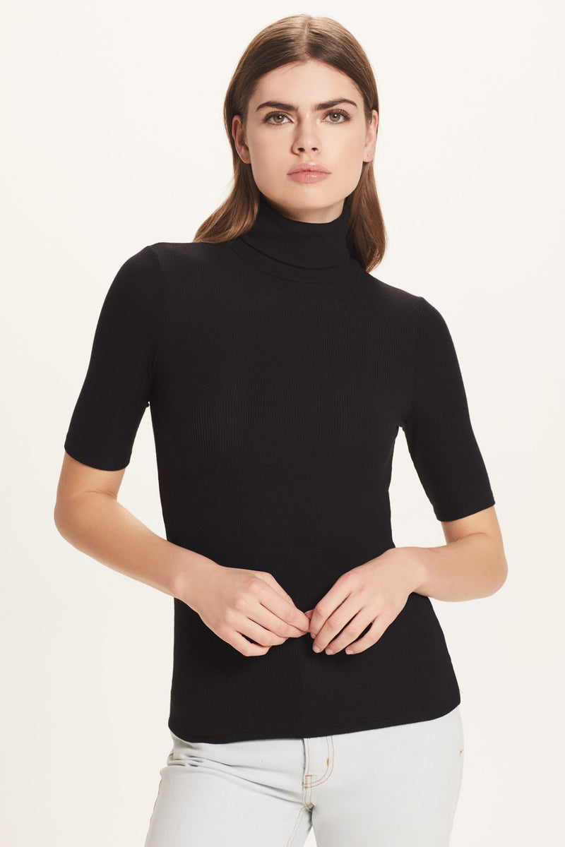 Ribbed Half Sleeve Turtleneck