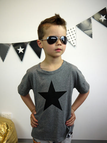 One Star Tee in Grey