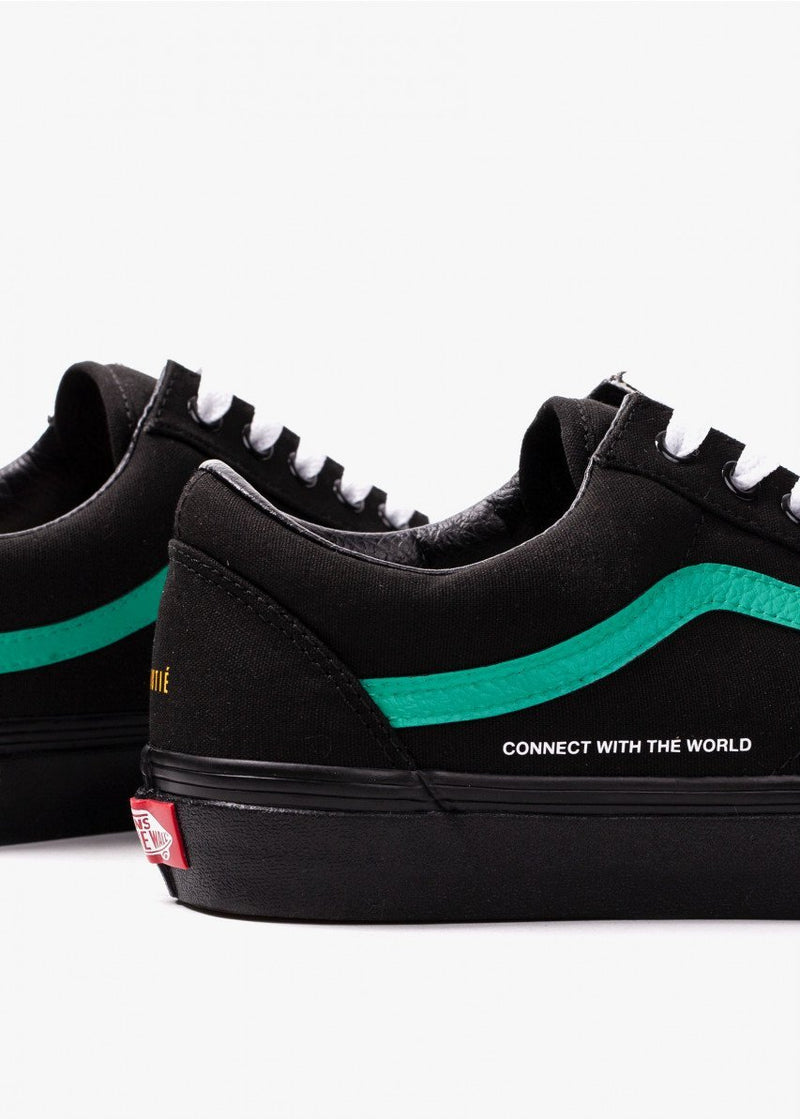 "Vans Old Skool ""Connect with the World"" Custom"