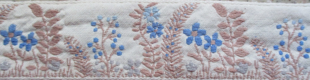 Flowers...Blue and Tan on Cream (Vintage)