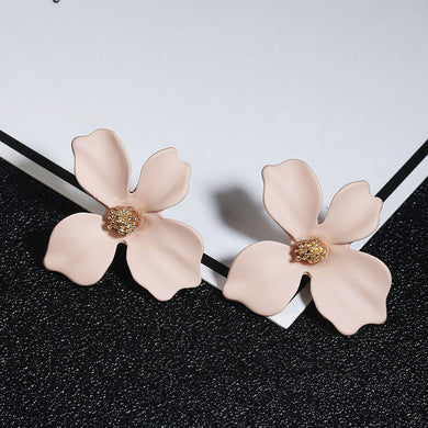 NZ - Sweet Khaki Painted Flower Stud Earrings