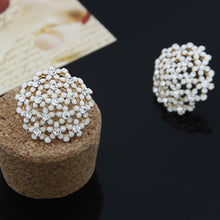 Load image into Gallery viewer, NZ - Daisy Flower White Crystal Stud Earrings
