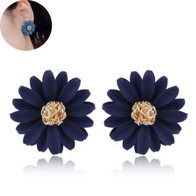 NZ - Daisy Flower Sweet Femme Stud Earrings