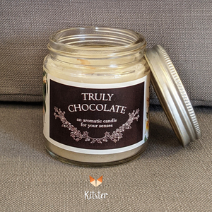 Chocolate-scented Candle