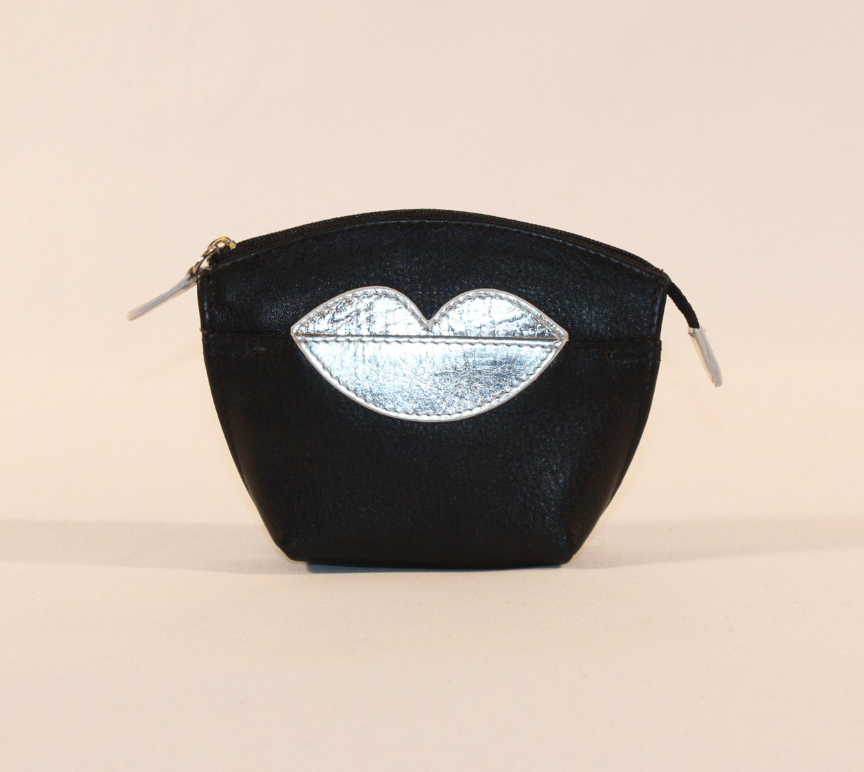 ILI Small Silver Lips Coin Purse