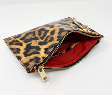 Load image into Gallery viewer, Sondra Roberts Leopard Print Wristlet/Clutch