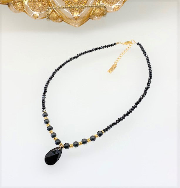 B-JWLD Pear Drop Crystal & Beaded Necklace - Black