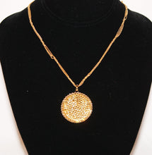 Load image into Gallery viewer, B-JWLD Large Gold Pendant Necklace