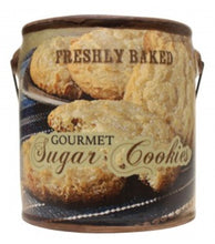 Load image into Gallery viewer, Gourmet Sugar Cookie Farm Fresh Candle