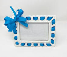 Load image into Gallery viewer, Prissy Plates Frame with Blue Ribbon