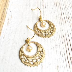 Enchanting Pearl & Gold Filigree Earrings