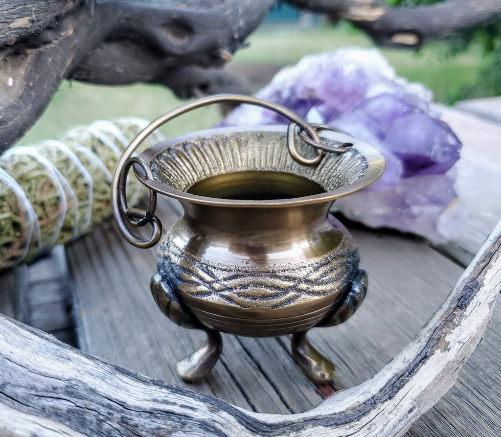 Celtic Knot Brass Cauldron