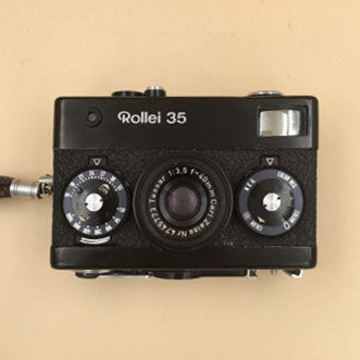Rollei 35 Black Carl Zeiss Tessar 40mm F3.5 / Made in Germany