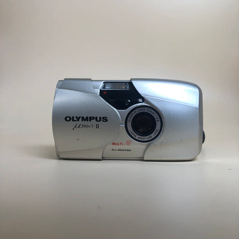 Olympus MJU II 35mm F2.8 with remote/case/manual