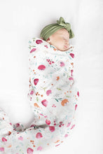 Load image into Gallery viewer, LouLou Lollipop Muslin Swaddle- Rosey Bloom