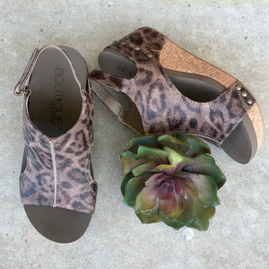 Distressed Leopard Platform Sandals