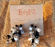 Load image into Gallery viewer, Mix it up Black and White Earrings by Treska