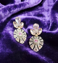 Load image into Gallery viewer, Sorrelli Regal Earrings