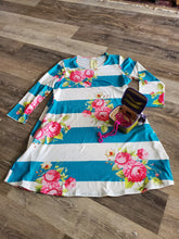 Load image into Gallery viewer, Avery RoseTunic Top