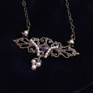 Elizabeth Pearl Necklace by Robin Goodfellow