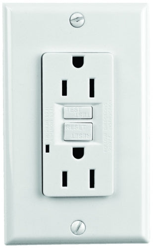 White 15 AMP Ground Fault Circuit Interrupter