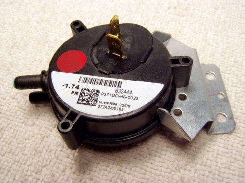 Nordyne/Miller/Intertherm Pressure Switch (FM-632444) (NOT RETURNABLE)