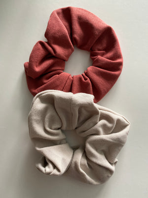 Scrunchies set | Rust and Sand