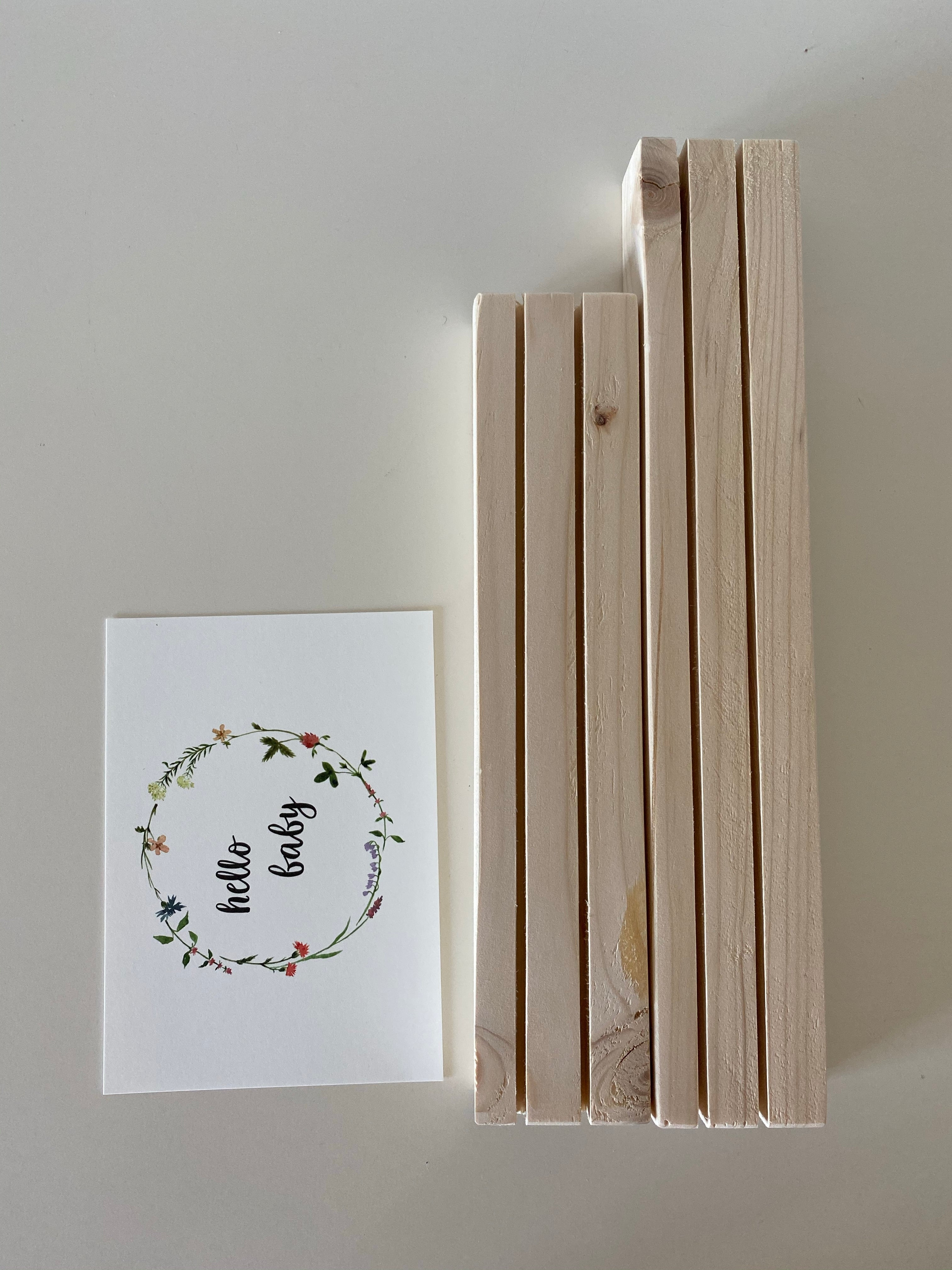 Wooden card holder | 2 rows | 25cm