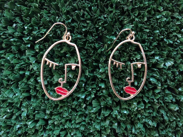 red lip face earring