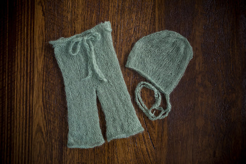 1013 Classic Knit Long Pants and Bonnet Green (newborn) - Little Love Boxes
