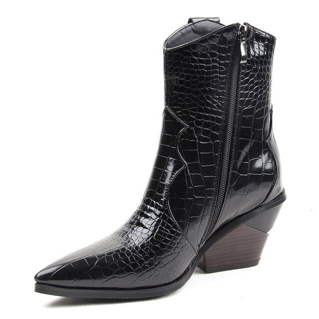 2019 Autumn Winter Fashion Cowgirl Boots Women Shoes Western Cowboy Ankle Boots Pointed Toe Leather Black Shoes Woman Heel Boots