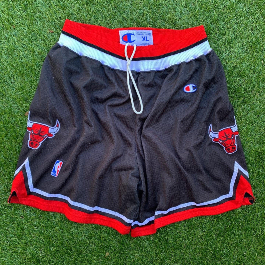 1997/98 Chicago Bulls Alternate NBA Shorts by Champion (XL)-Locker Room Clt