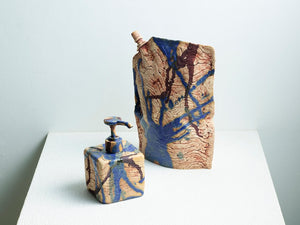 Places-Hand soap</br>Yuri Kezuka