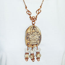 Load image into Gallery viewer, Safo Beaded Costume Jewelry Necklace close up view