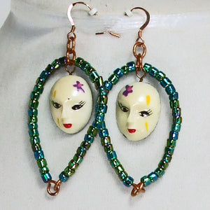 Palixena Beaded Wire Pendant Necklace earrings view