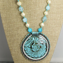 Load image into Gallery viewer, Odda Bead Embroidery Polymer clay Pendant Necklace fromt close view