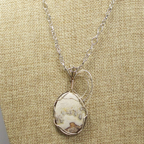 Utalia Cabochon Pendant Necklace front close view