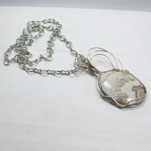 Load image into Gallery viewer, Utalia Cabochon Pendant Necklace flat view