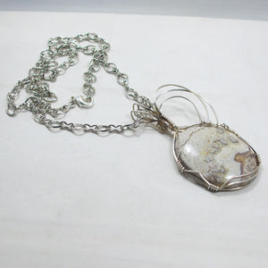 Utalia Cabochon Pendant Necklace flat view
