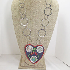 Kagami Bead Embroidery Mother-of-Pearl Pendant necklace relevant view